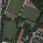 Beschlossene Sportplatzsanierung (Fotomontage basierend auf Google Maps)